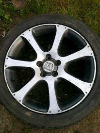 Genuine Honda 5x114.3 r19 alloys wheels.