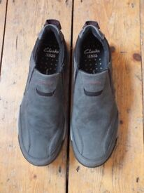 NEW Mens Clarks shoes size 8