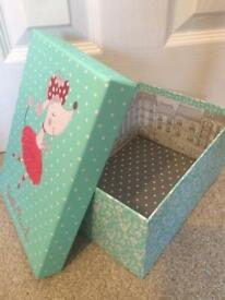 *New* Poodle Storage Box and Accessories