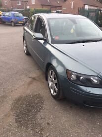 Volvo S40 T5 Auto - Luxury, smooth & reliable motoring!