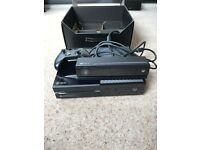 Xbox One - 500gb Day One Edition + Kinect + 5 Games