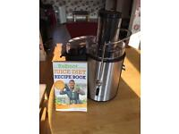Andrew James juicer and Joe Cross juice diet book.