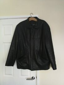 Gents Black leather jacket Size L - XL