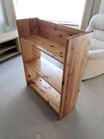 Small bookcase / shelves