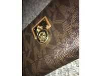 GENUINE Michael Kors Hamilton monogram large purse