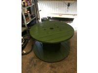 Garden table / cable drum