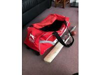 Boys' Cricket Kit Slazenger bag (+ wheels). ket