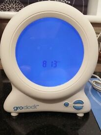 GRO CLOCK CHILDRENS ALARM CLOCK SLEEP TRAINER