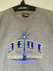 Star Wars Jedi Training Academy t-shirt, light grey. Excellent condition