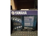 Yamaha MG124c 12 channel mixing desk *AS NEW*