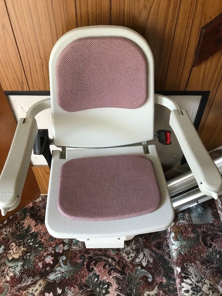 Stairlift, immaculate condition, house move forces sale