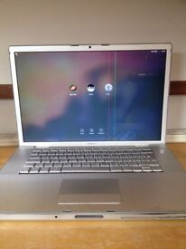 "Macbook Pro 15.4"" A1226 Late 2007 6GB Ram 250GB SSD"