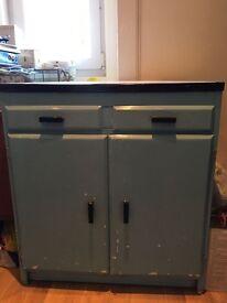 Retro kitchen unit