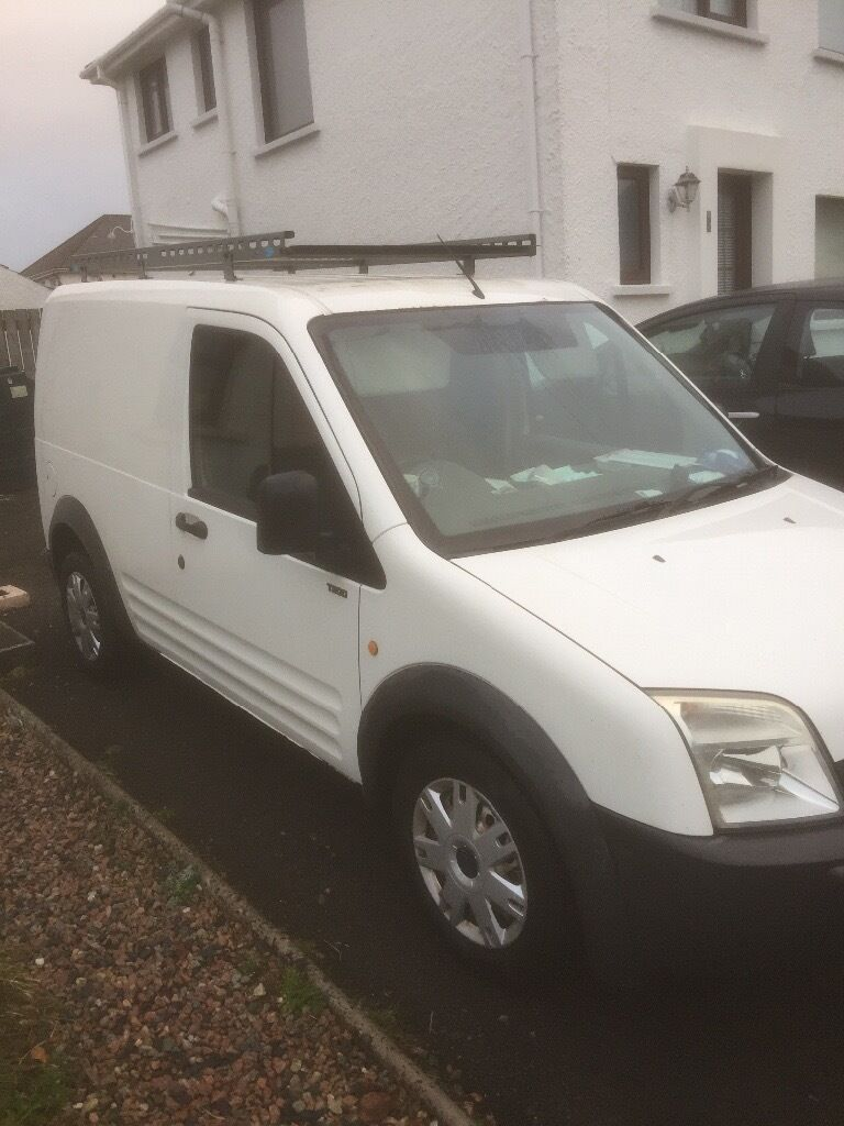 Ford transit connect 2004 , 1 years Psv & roof rack