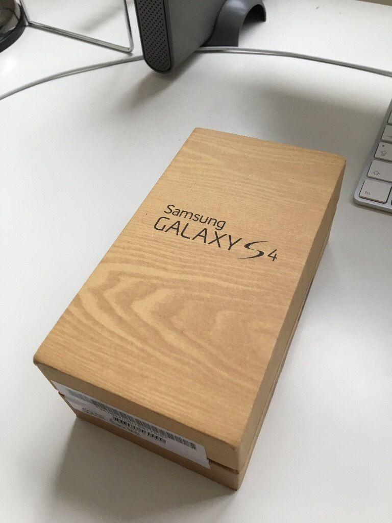 Samsung Galaxy S4 16Gbin Hazel Grove, ManchesterGumtree - Samsung Galaxy S4 16Gb including charger, headphones (unused), instructions etc. This phone has been kept in a case with a screen protector since new and has been looked after. Selling on behalf of my mum who used the phone a few times per week. This...