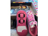 Girls Brand New BOXED Heelys size 13