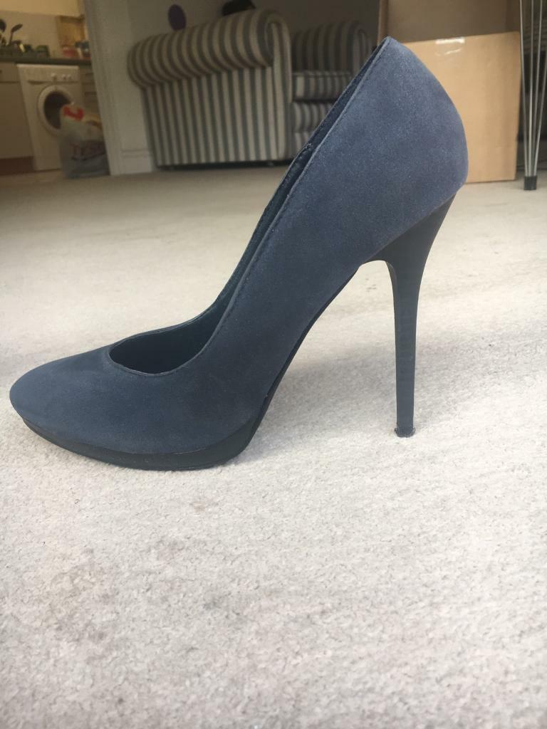 Navy High Heels size 6
