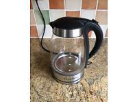 Illuminating glass kettle Russell Hobbs.