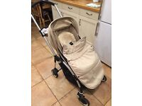 Bugaboo Bee plus with foot muff