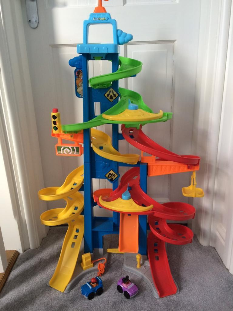 Fisher price little people city skywayin Chapeltown, South YorkshireGumtree - Fisher price little people city skyway with 2 cars.Excellent condition from clean, smoke free house. Currently for sale in toys r is for £49.99! This ones a bargain!