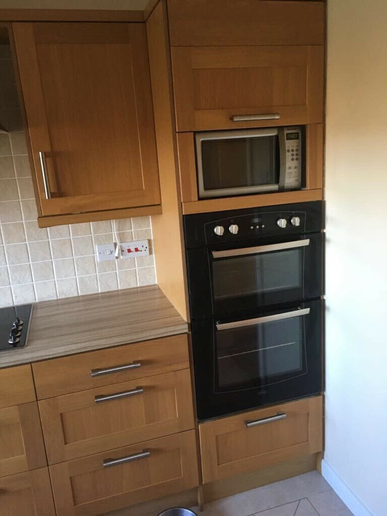 Magnet oak kitchen Including hob oven and microwave £400