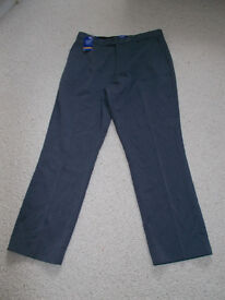 Mens trousers brand new with tag