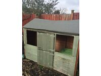 For Sale : Children's Outdoors Play House
