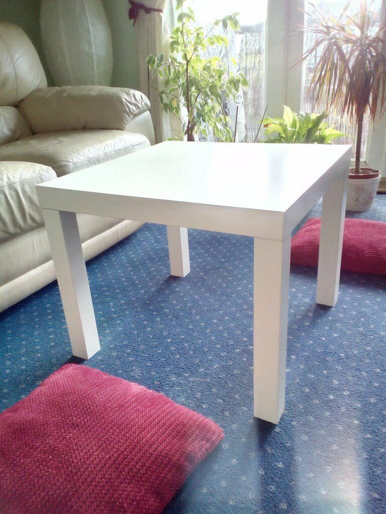 Lovey white coffee table