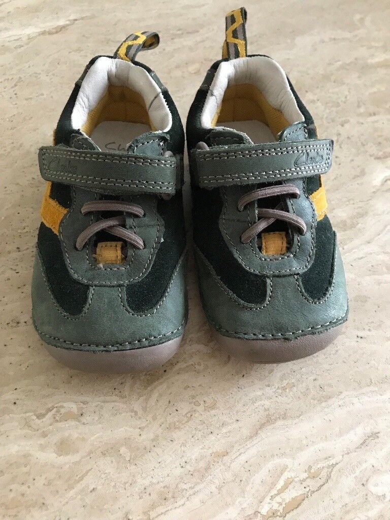 ec7f6e903c8e Baby boy s Clark s pre-walkers size 4F