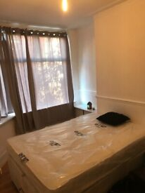 Large double room (£400 for couple ,include all bills) in gorton,Manchester