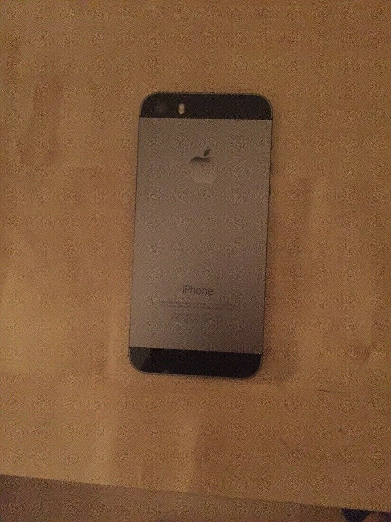 iPhone 5 32GB   £72   EE   Great Condition