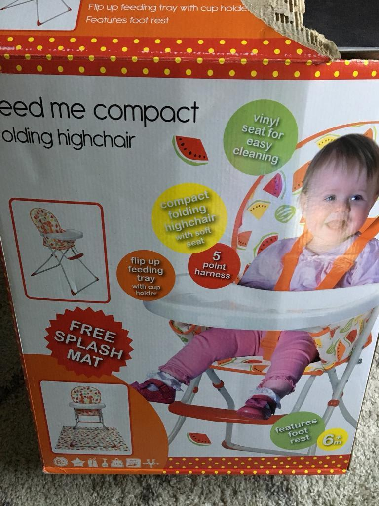 BRAND NEW HIGH CHAIR WITH FREE SPLASH MAT