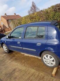 Renault clio 1.2 mot october