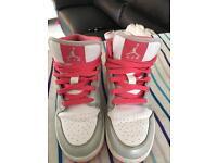 Girls pink/white Nike air Jordan