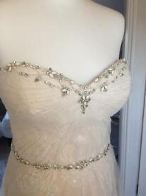 Wedding dress by Enzoani Size 10-12