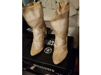 Ladies Missguided Boots