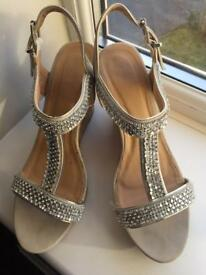 Quiz wedge beige sandal with diamanté detail - size 7