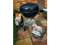Kettle Charcoal BBQ Garden Barbeque Barbecue Grill with wheels