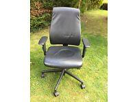 Desk Chair - black
