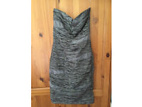 fancy dress size M ( uk size 10 ) like new ( wear one time at new year party)