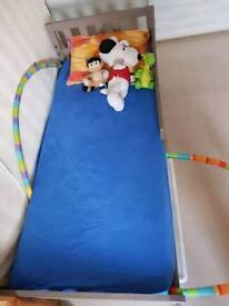 Ikea toddler bed mint condition with mattress
