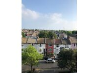 Large 2 Double Bedroom Unfurnished Flat Right Next To Hove Station