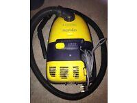 Electolux 1200 Watt Mondo Vacuum Cleaner