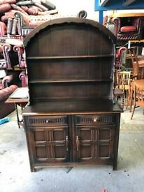 Stunning vintage large Welsh dresser can deliver