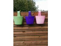 Hanging baskets to clip on fence (set of 9) colourful display ideal to hold your summer plants