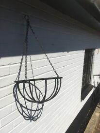 metal hanging basket planter