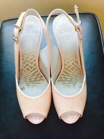 Women Clarks heels