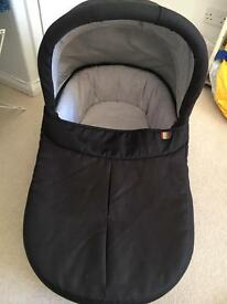Mamas and Papas Carrycot/bacinet