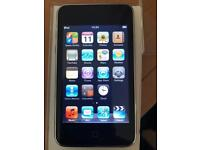 Apple iPod touch 2nd generation. 8Gb.