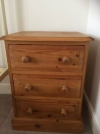 Wooden bedside cabinet in excellent condition.